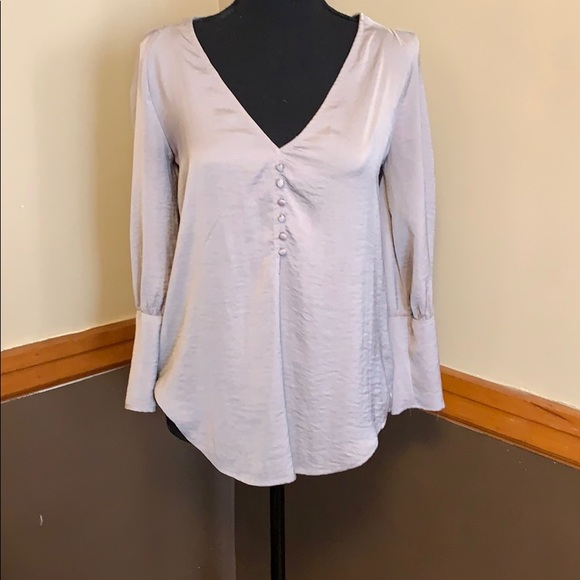 Express Tops - Express silky top with tie back closure